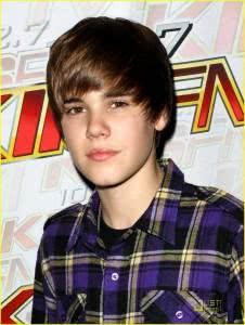 bieber1 226x300 Fotos do Justin Bieber Recentes