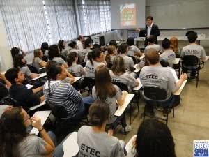 etec 300x225 Cursos ETEC Gratuitos – Inscrição