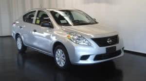 nissan versa1 300x168 Nissan Versa   Preço, Fotos, Consumo