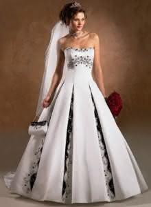 vestidos de noivas fotos 4 220x300 Vestidos de Noiva – Fotos
